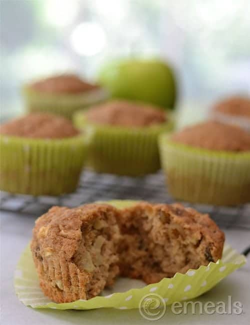Apple-Muffins-eMeals[2]