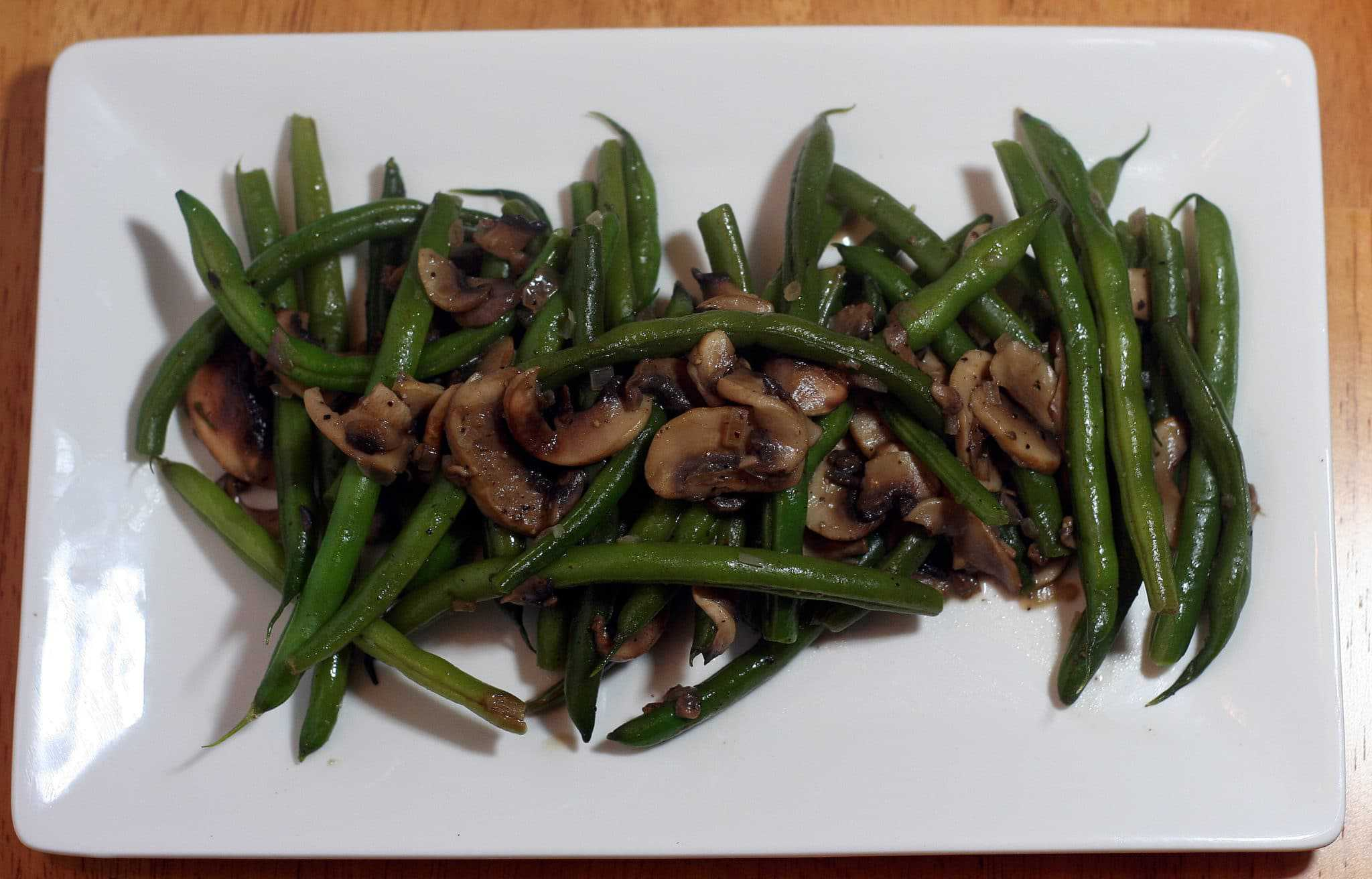 and shallots green beans with creamy mushrooms and shallots recipes ...