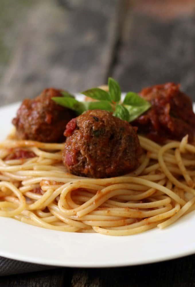 how to make italian spaghetti and meatballs