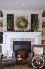 Farmhouse Christmas Mantel Ideas