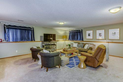 4314 N Dellrose Cir Wichita KS-print-020-16-Family Room-2500x1667-300dpi