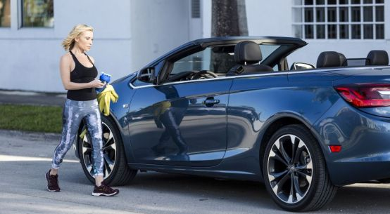 Buick Shapes Up with Fitness Expert Tracy Anderson on Everyman Driver
