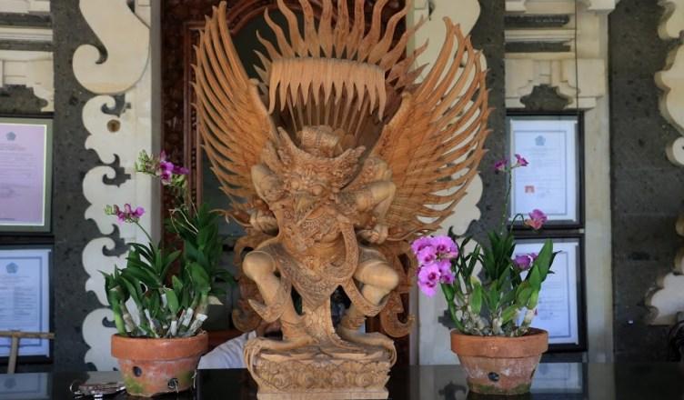 Patung Garuda Wisnu