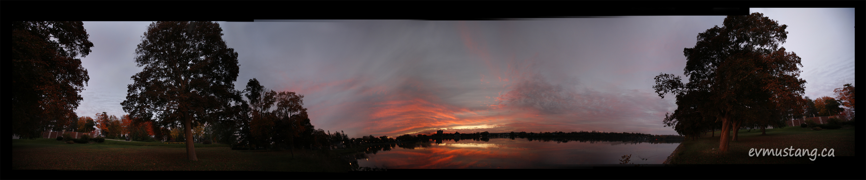 360 degree image of little lake, peterborough at sunset in fall