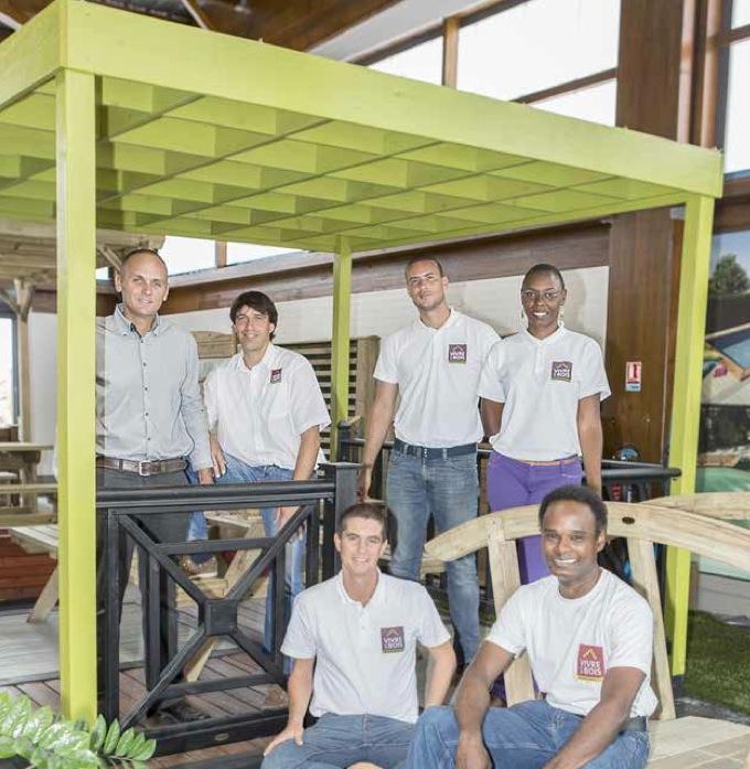 dossier vivre en bois mat riau naturel et gestion durable ewag media positif martinique. Black Bedroom Furniture Sets. Home Design Ideas
