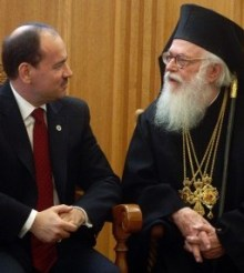 Αλβανία: Δίνουν υπηκοότητα στον προπονητή και όχι στον Αρχιεπίσκοπο