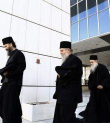 Αναβλήθηκε για τις 21 Απριλίου η δίκη για την υπόθεση της μονής Βατοπεδίου