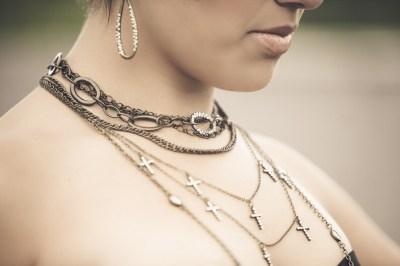 Lifestyle Jewelry Photography – Exclusive Image