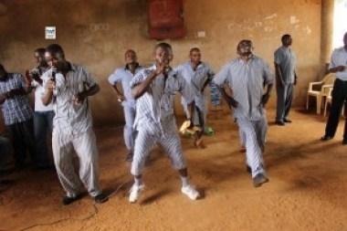 TWR_Kenya-prison-1-5-15-300x200