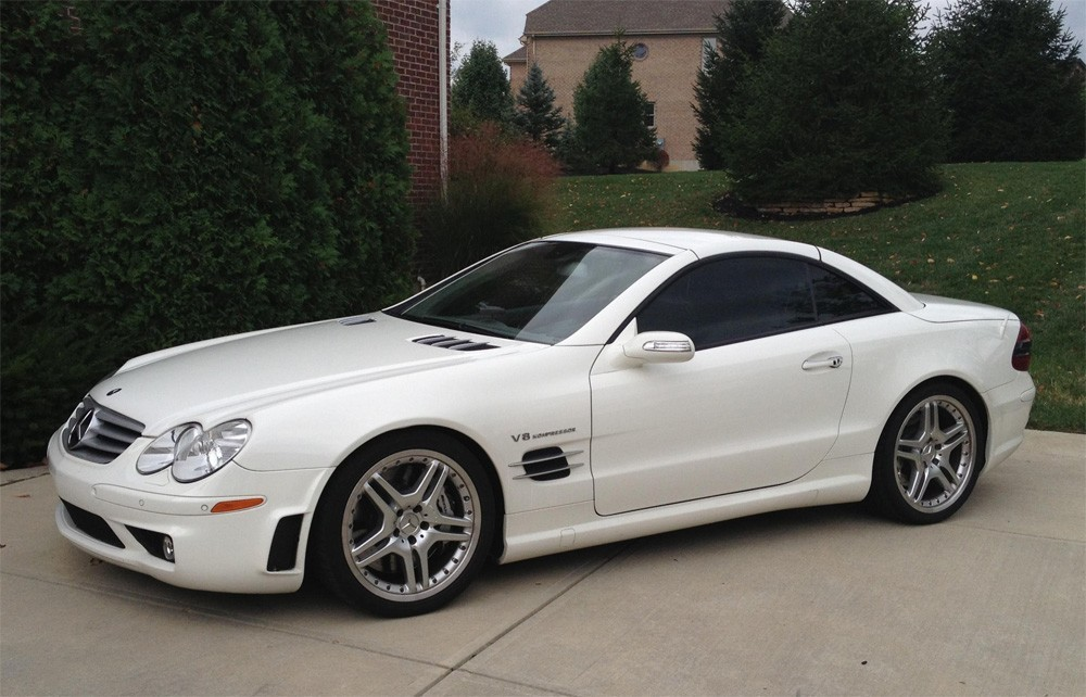 mercedes benz sl55 amg r230 review buyers guide. Black Bedroom Furniture Sets. Home Design Ideas