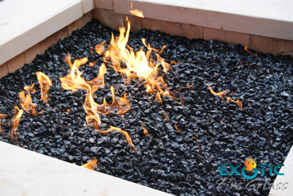 Lava Rock 10 Things To Know About Fire Pit Rocks Buyer39s Guide 2017
