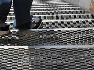 Expanded Metal Floor Plates Flat Expanded Metal Sheet For