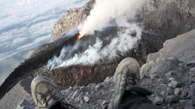 Relaxing and watch the Active of Semeru Crater,  one of the Most Super Active Volcano in Indonesia. Mount Semeru with 3696 on GPS altituted still continue eruption with Volcano Degassing and RockFall into southern Flank and Lava Dome also Growing inside of  Jonggring Seloko