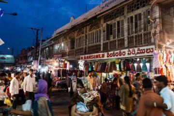 Sultan Bazar Shopping Hyderabad