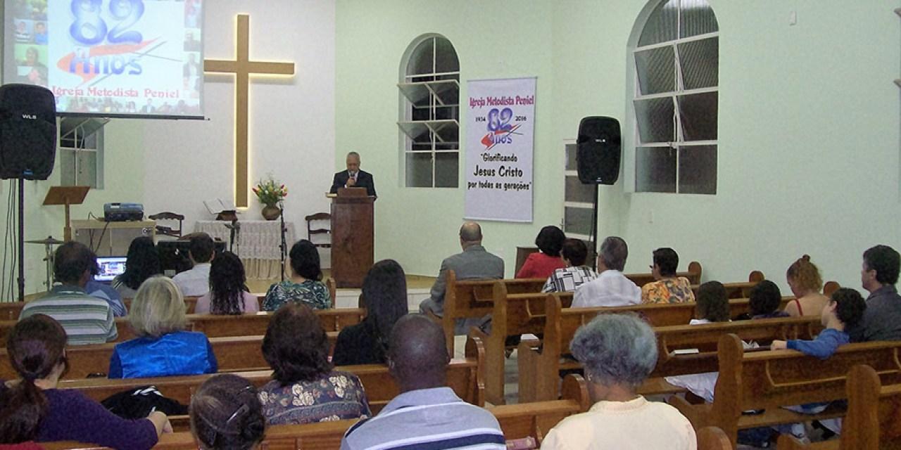 Igreja Peniel completa 82 anos em Juiz de Fora