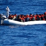 Em dois dias, Itália salva quase 11 mil imigrantes no mar
