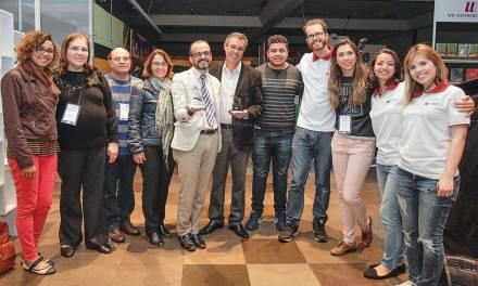 Angular Editora recebe prêmios em Feira Literária Internacional Cristã