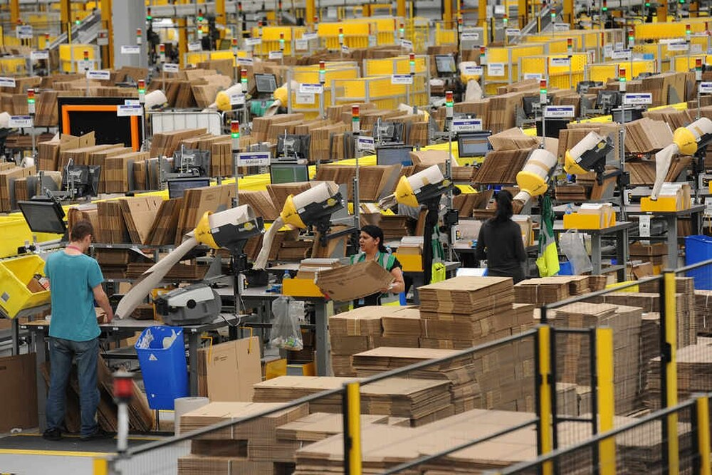 Amazon Jobs 200 More Permanent Positions Created At Rugeley Warehouse Express Star