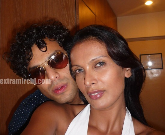 Viveka-Babajee-with-Gautam-Vora-picture-3.jpg