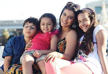 Kajol-in-We-Are-Family-2.jpg