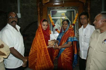 Preity-Zinta-visits-Shird-1.jpg