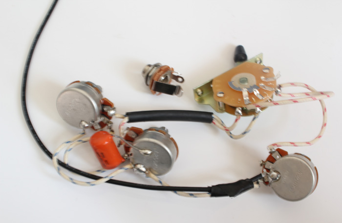 Strat Wiring Harness,Alpha pots 250K,Quality Switch,Orange Drop