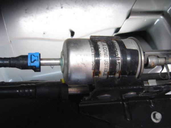 2006 ford f 150 fuel filter