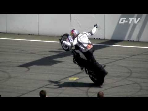 BEST SLOW MOTION EXTREME MOTORBIKE STUNTS, WORLD RECORD JUMPS, CHRIS PFEIFFER