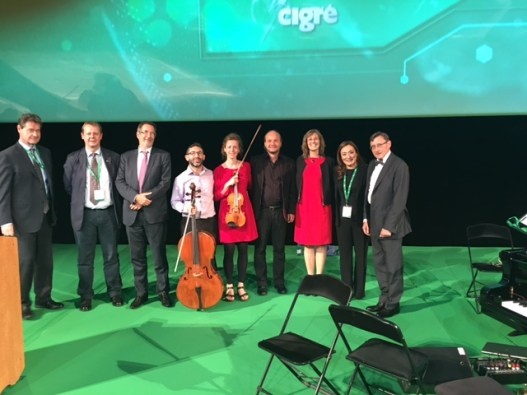"Interdisciplinary Workshop at the ""International Council on large Electric Systems"" (Cigre). Improvisation at work, Palais des Congrès Paris"