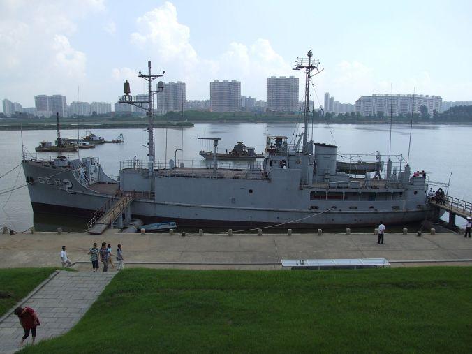 USS_Pueblo_(AGER-2)_02