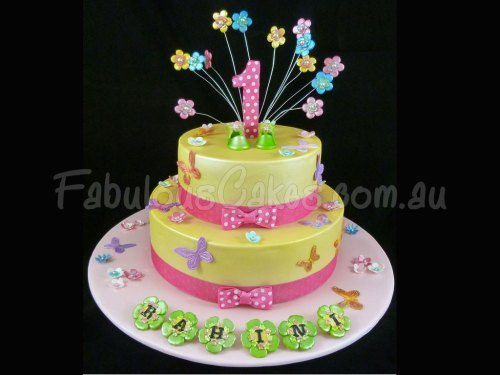 girly-first-yellow-birthday-cake