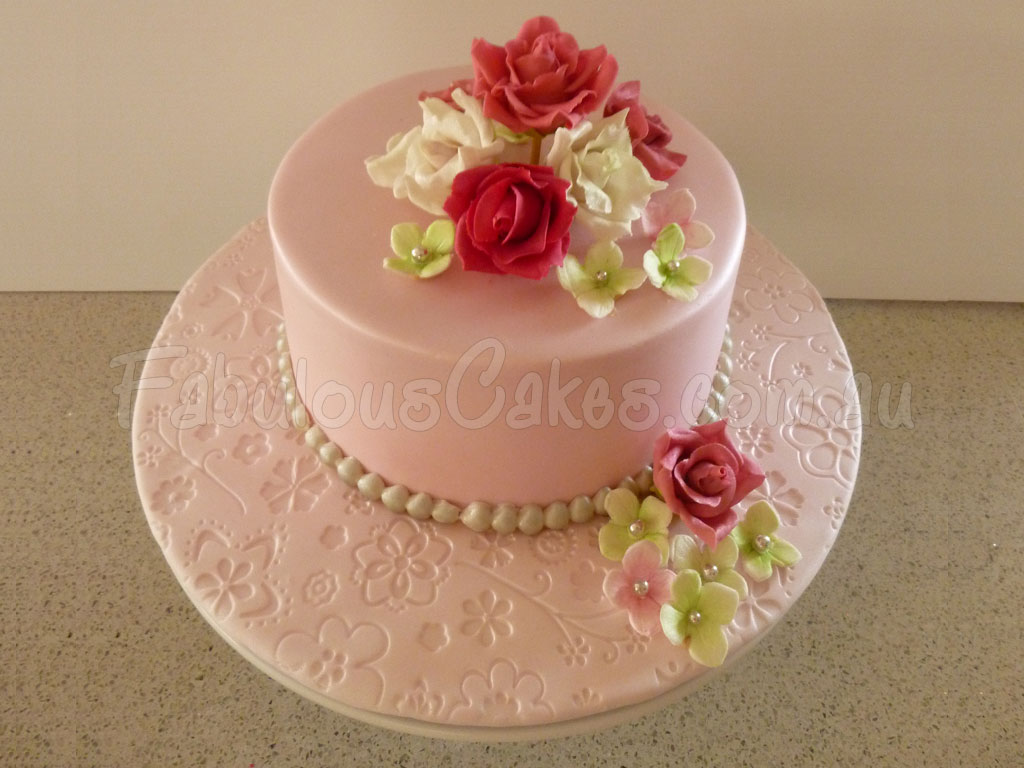 how to make sugar roses for cake decorating