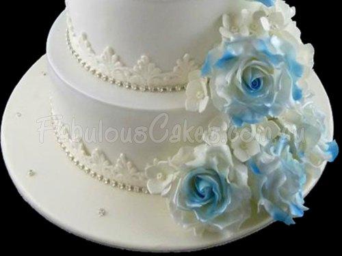 Blue Roses Wedding Cake
