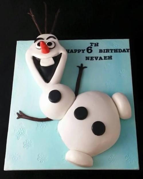 Olaf the Ssnowman Cake