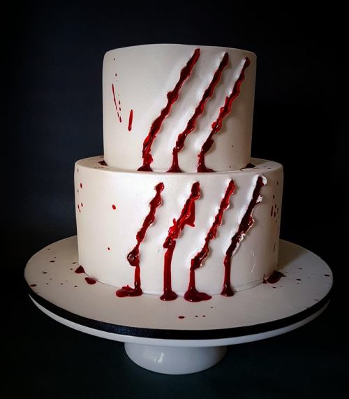 Freddy krueger knife cuts cake