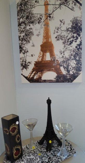 Fab-Finds-Island-Breeze-Upscale-Resale-Eiffel-Tower