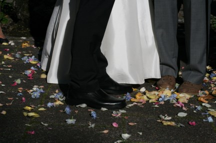 flower petals wedding