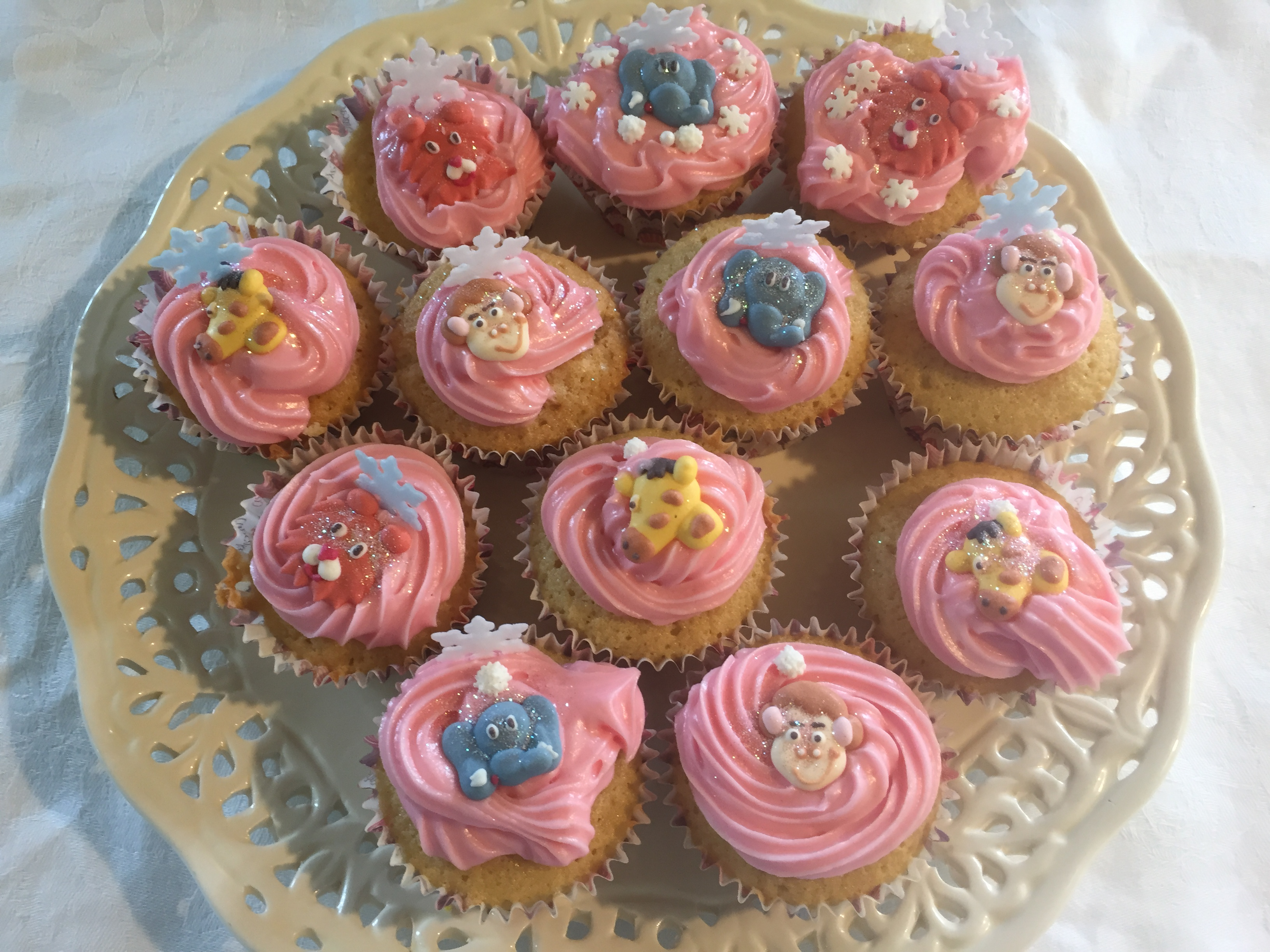 Iced Fairy Cake Recipe Families Online