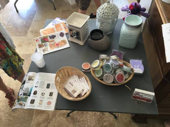 stand scentsy 1