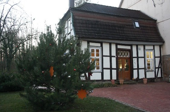 The café is part of the Bruchhof, the oldest estate of Stadthagen, dating back into 12th century.