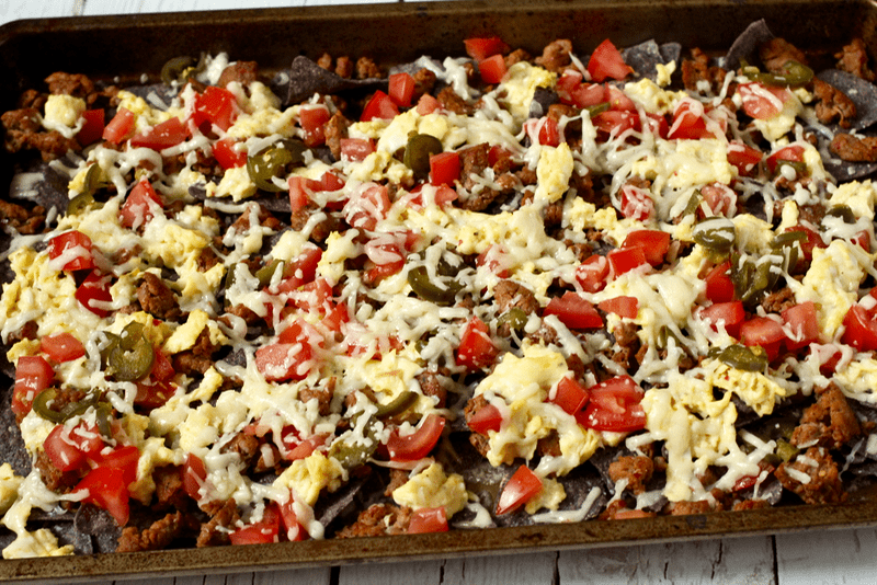 Breakfast nachos | FamilyFoodontheTable.com