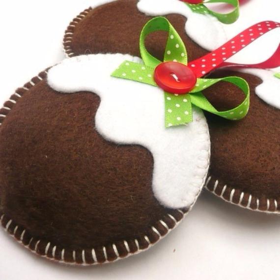 39 Cute Homemade Felt Christmas Ornament Crafts u2013 to Trim the Tree - felt christmas decorations