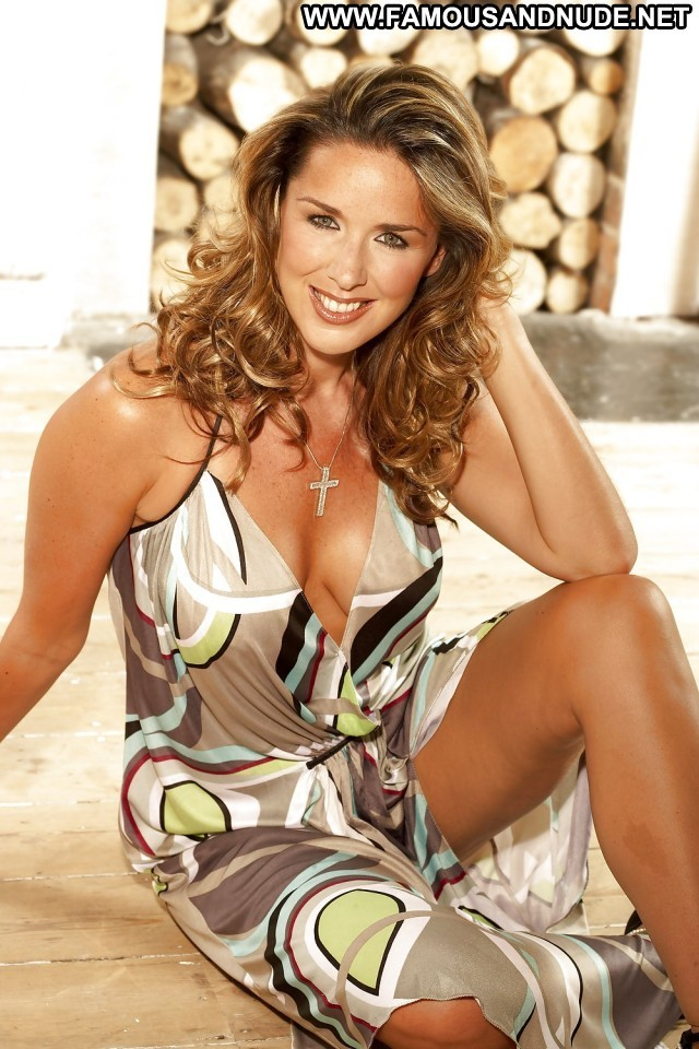 Claire Sweeney Pictures Brunette Babe Celebrity Hot