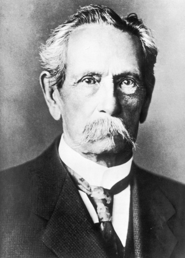 Karl friedrich benz mercedes benz for Who invented the mercedes benz