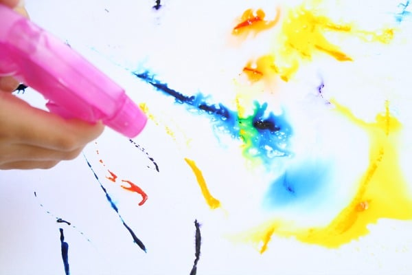 Icing Colors Spray Painting Activity - Fantastic Fun & Learning