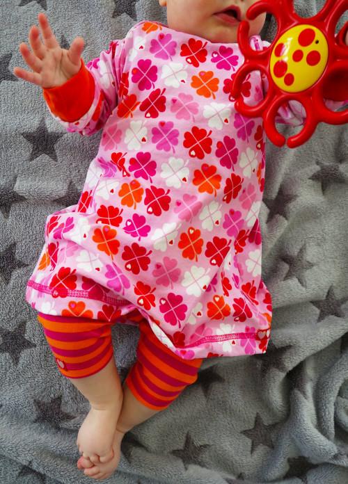 Kleid-fuer-Babys-naehen-einfaches-Raglankleid-farbenmix.de
