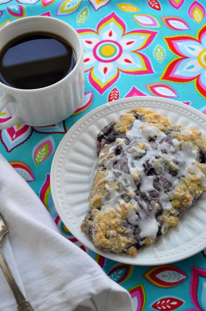 Huckleberry Scones | farmgirlgourmet.com