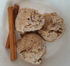 Cinnamon Pecan Ice Cream