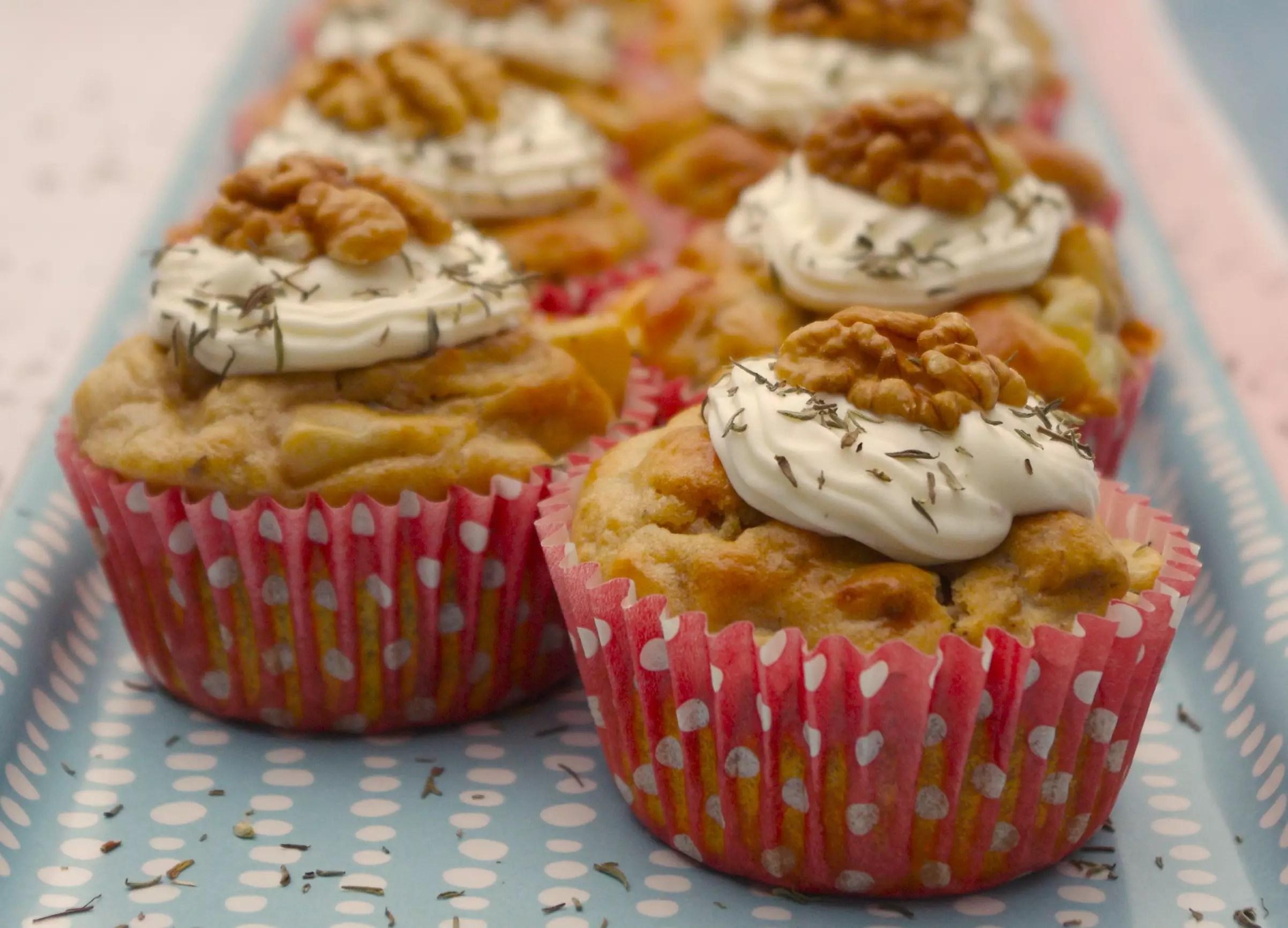 Cupcakes poires roquefort noix gla age fromage frais for Quand ramasser les noix