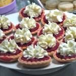 Tartelettes roses betteraves & mousse de chèvre